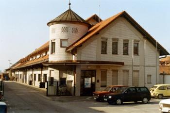 upravna stavba komunalnega podjetja-domzale